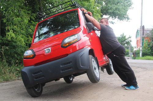 Bajaj Qute - самый дешевый электромобиль