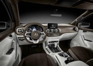 Пикап Mercedes X-Class система управления