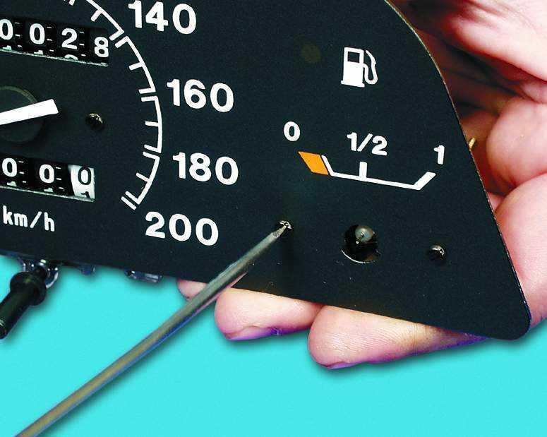 ремонт указателя уровня топлива