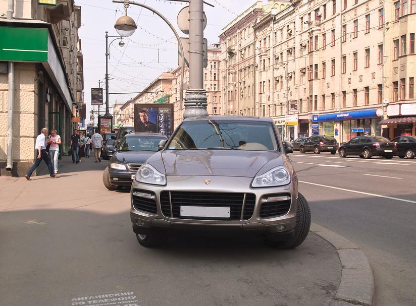 Штраф за движение по тротуару