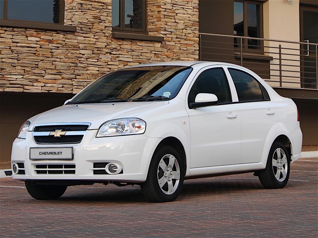 Chevrolet aveo белый